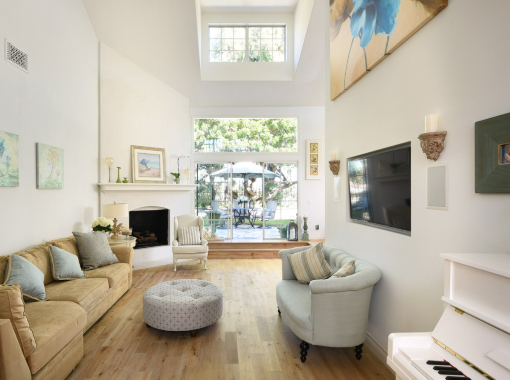 Living Room-1-1200